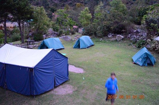 Adventure Heart Peru: Primo accampamento nell'Inca Trail, solo per noi 4 e la guida, più tenda/cucina!
