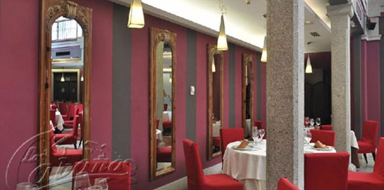 Penaranda de Bracamonte, Spain: «La Cabaña», restaurante familiar de toda la vida. Gran calidad de comida y trato del personal.