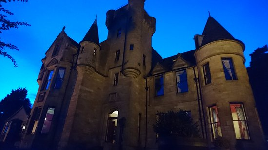 Menstrie, UK: Castle exterior
