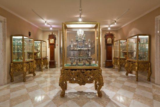 d4e457a4582 Museu Medeiros de Almeida  Casa-Museu Medeiros e Almeida - Sala dos Relógios
