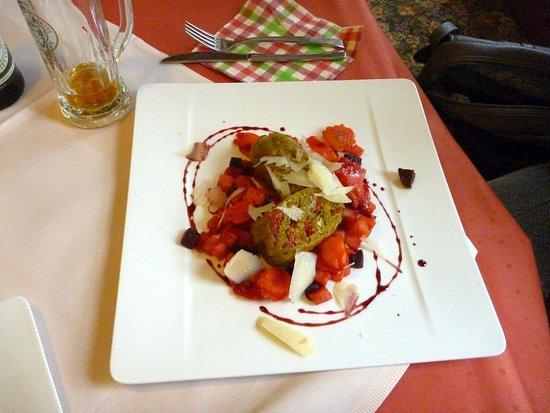 Kinding, Alemania: Tomaten-Mozzarella-Knödel