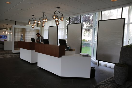 Wyndham Hamilton Park Hotel and Conference Center: Reception