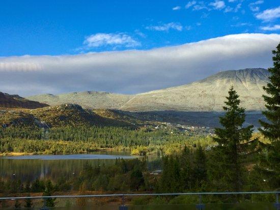 Tinn Municipality, Noruega: Utsikten fra frokostsalen på Kvitåvatn Fjellhytter