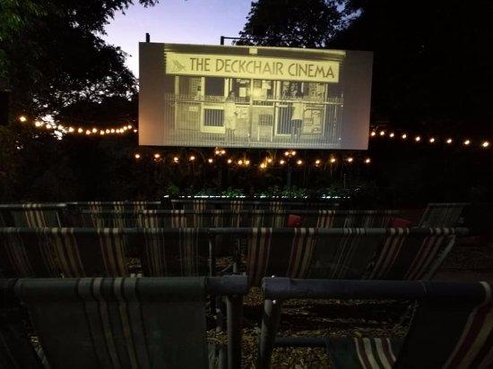Deckchair Cinema: The deck chair cinema bit!