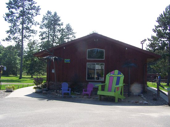 Pequot Lakes, MN: Clubhouse