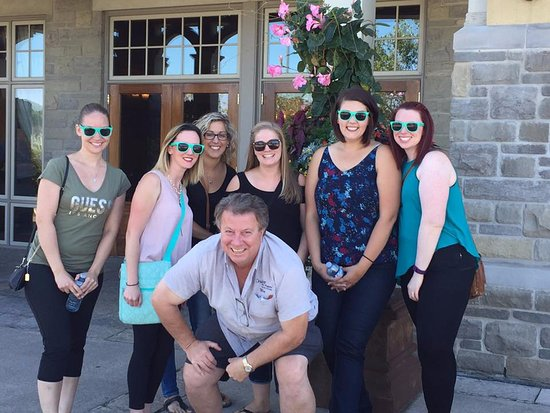 Crush On Niagara Wine Tours