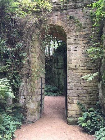 Belsay Hall and Gardens: photo1.jpg