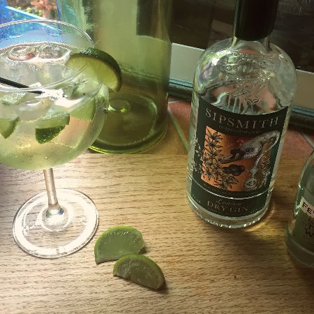 Wirksworth, UK: We only use the best Gins, tonics and garnishes to make the perfect G&T