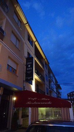 Carlos V: Fachada del hotel