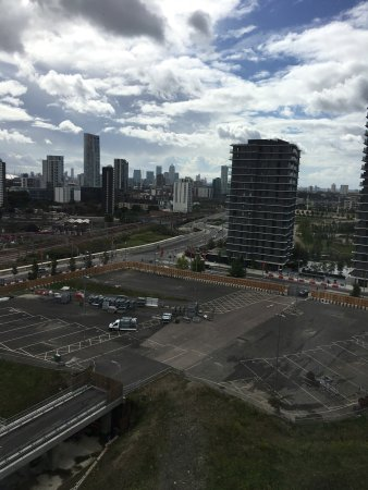Staybridge Suites London-Stratford City: photo7.jpg