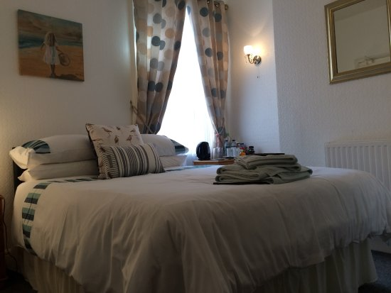 St Michael's Guest House: Room 2 - first floor