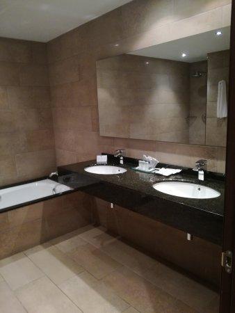 Hotel San Carlos : IMG_20170804_213159_large.jpg