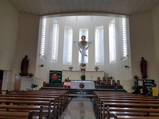 Sao Leopoldo: dentro da igreja