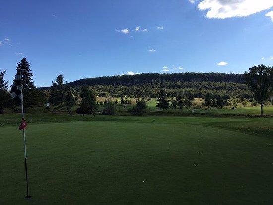 Burlington, كندا: Indian Wells Golf Club - view of the escarpment