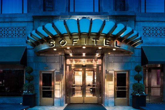 Sofitel Washington DC: Hotel Entrance
