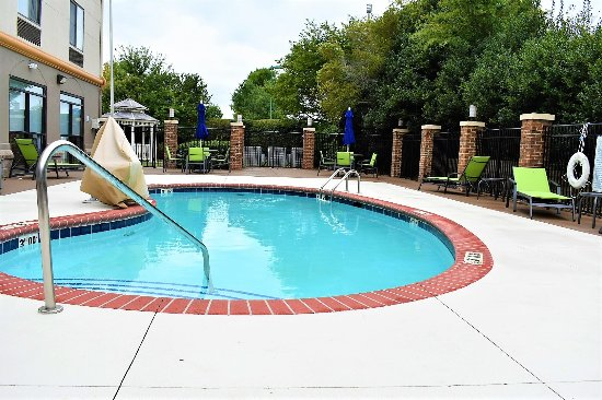Holiday Inn Express Charlotte - Concord / I-85: Our outdoor pool.