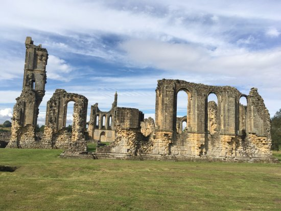 Byland Abbey: More ruins