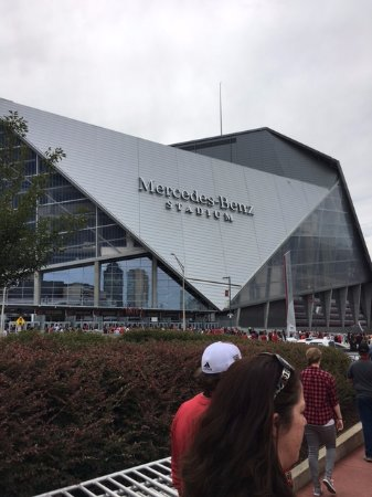 ‪Mercedes-Benz Stadium‬