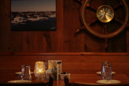 Bath, ME: bar table