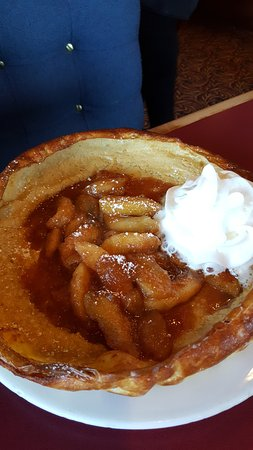 Mitzel's American Kitchen: Apple pancake