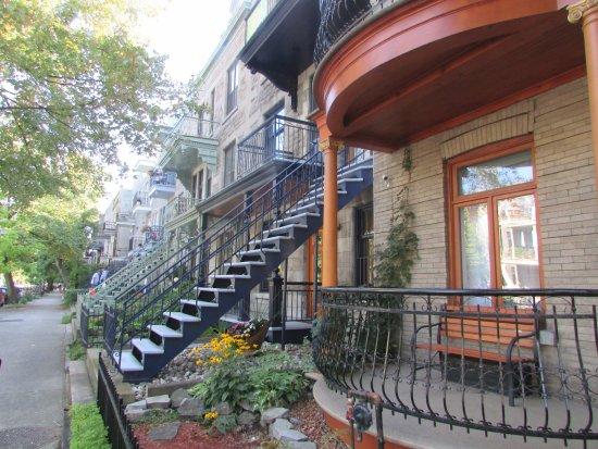 Montreal, Canadá: escaliers extérieurs : typique