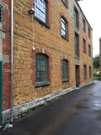 Castle Cary, UK: Fabriken är kulturskyddad och får inte ändras.