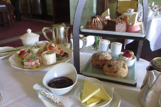 Bushypark, Irlanda: Afternoon tea at Glenlo Abbey