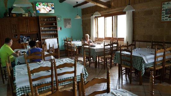 Colungo, Spain: Vista parcial del comedor.