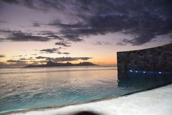 Manava Suite Resort Tahiti : couche de soleill