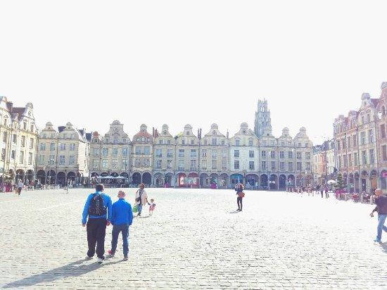 Arras, France : IMG-20170911-WA0000_large.jpg