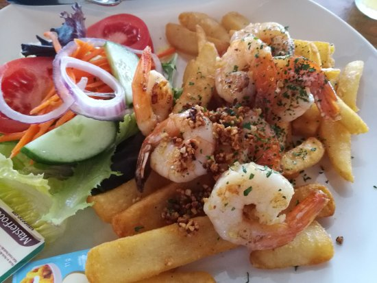 Guildford, ออสเตรเลีย: prawn and chips