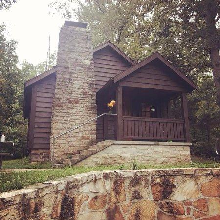 Sullivan, MO: Cabin #6, Meramec state park.