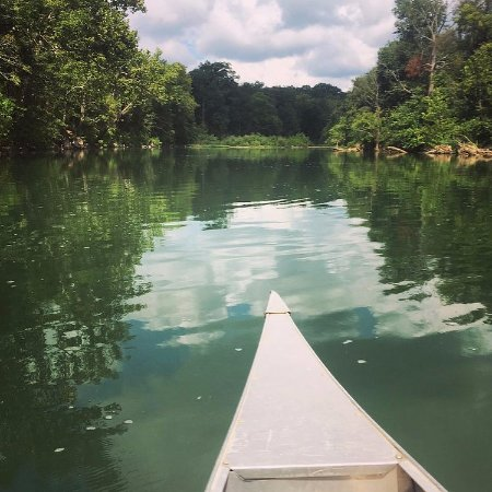 Sullivan, MO: Canoeing the Meramec.