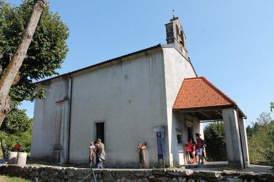 Cerkev Zalostne Matere bozje
