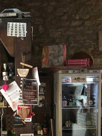 San Marco dei Cavoti, Italie : Inside by cashier