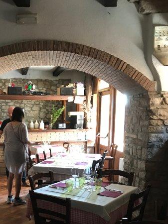 San Marco dei Cavoti, Italie : Dining area