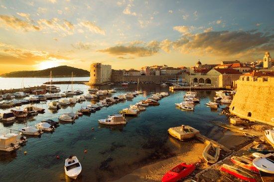 Dubrovnik - ToursByLocals