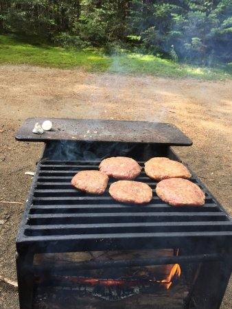 Stoneham-et-Tewkesbury, Canada : Burgers time!