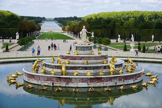 Grand Canal: Versalles