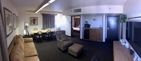 expressway inn suites of bismarck updated 2017 prices. Black Bedroom Furniture Sets. Home Design Ideas