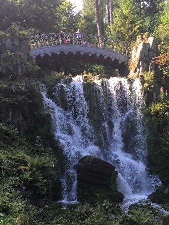 Bridge and waterfall in bergpark