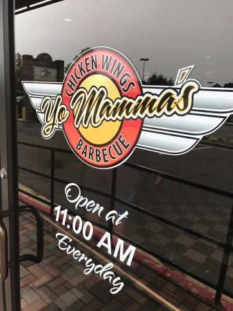 Prince Frederick, MD: Eating at Yo Mommas