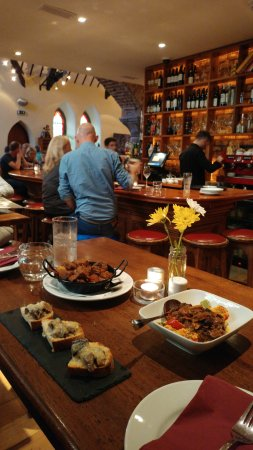 Killorglin, Ierland: Some of the amazing tapas on offer.