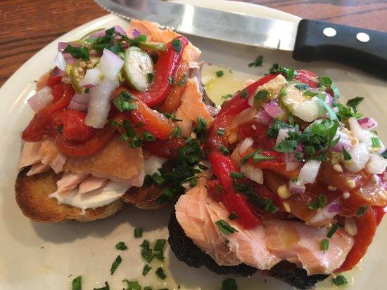 The Corner Room Kitchen & Bar: Salmon on a bagel-delish!