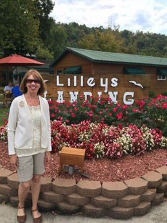 Lilleys' Landing Resort & Marina: My wife Karen at the front entrance to Lilley's