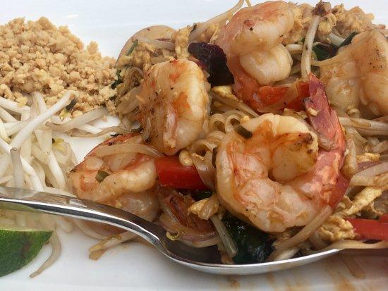 Ginger: Shrimp Pad Thai