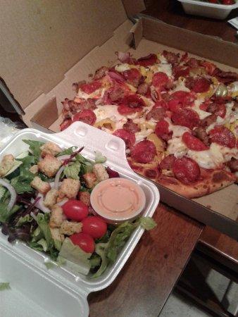 Wild West Pizzeria Photo