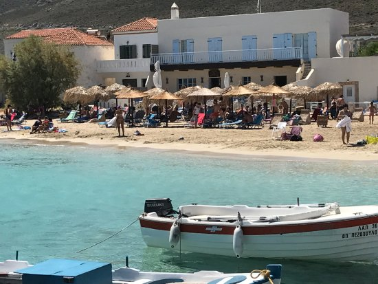 Diakofti, Greece: bar e spiaggia