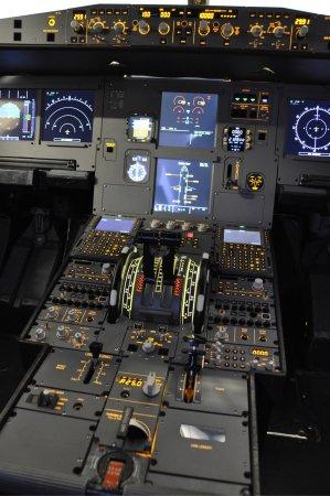 Ellesmere Port, UK: Interior photo's Deeside Flight Simulators