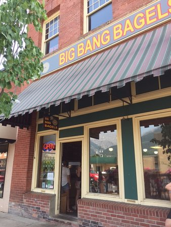 Big Bang Bagels: Front entrance, don't walk by.